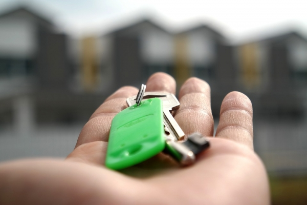Blount and Maslin explain whether you are eligible to buy under the right to buy scheme